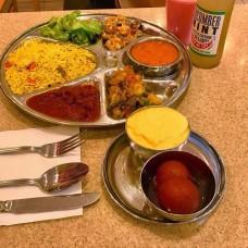Unlimited Vegan Thali (8 items)